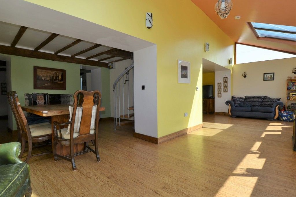 4 bed  for sale in Holywell, Flintshire 7