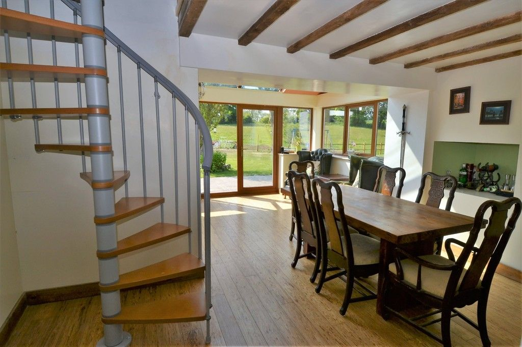 4 bed  for sale in Holywell, Flintshire  - Property Image 8