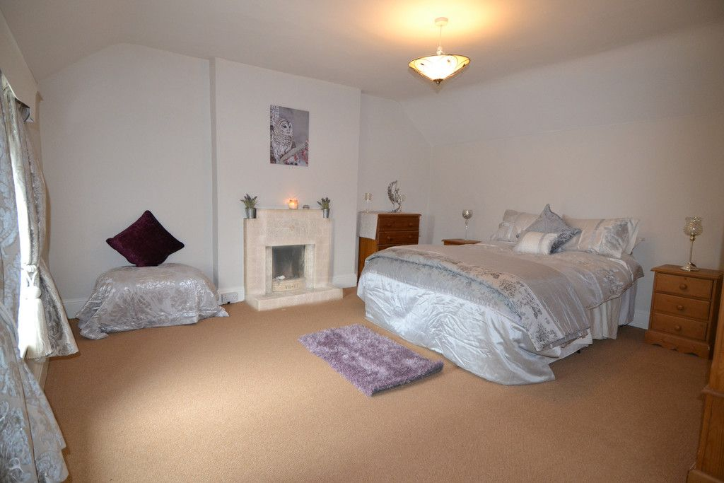 5 bed house for sale in Rhosygadfa, Oswestry 15