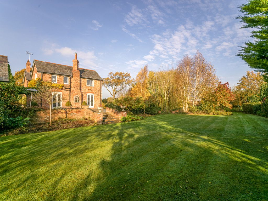 4 bed house for sale in Audlem, Cheshire  - Property Image 15
