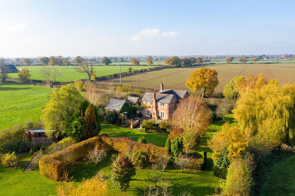 4 bed house for sale in Audlem, Cheshire  - Property Image 18