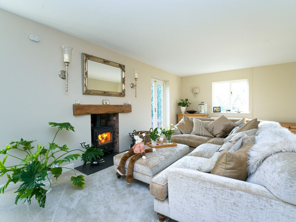 4 bed house for sale in Audlem, Cheshire  - Property Image 8