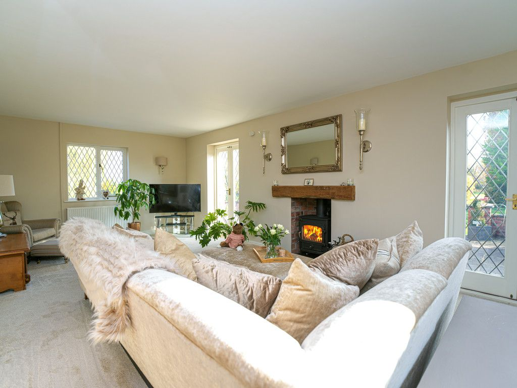 4 bed house for sale in Audlem, Cheshire  - Property Image 9