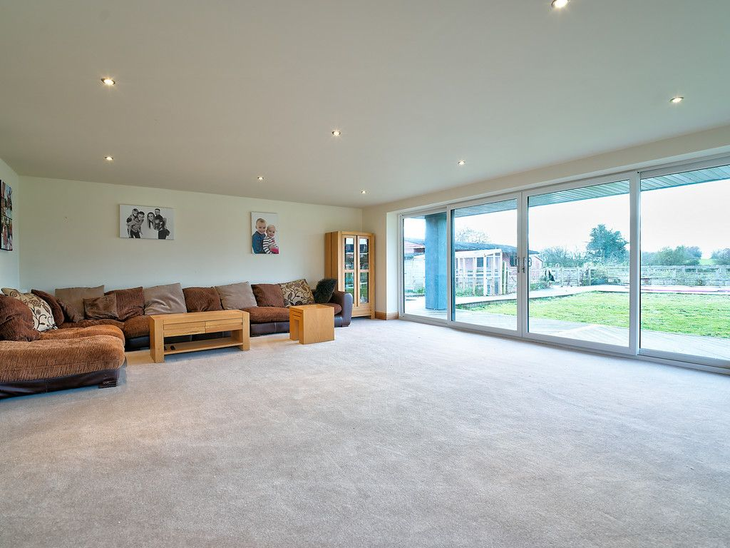 5 bed house for sale in Middlewich Road, Cheshire  - Property Image 5