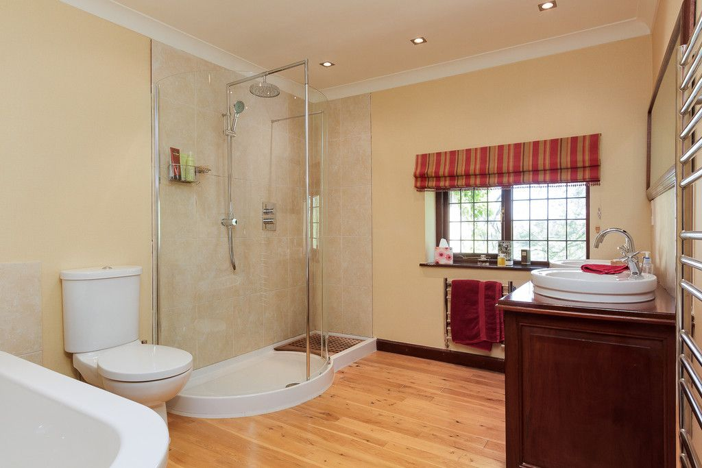 6 bed house for sale  - Property Image 22