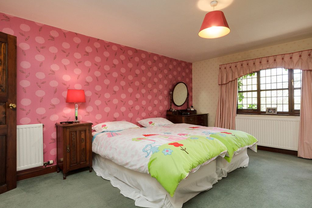 6 bed house for sale  - Property Image 24
