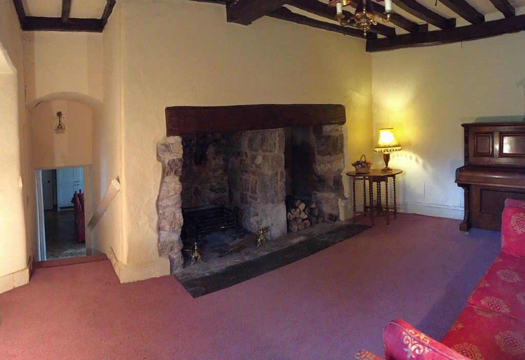 10 bed house for sale in Llanfair Dyffryn Clwyd, Ruthin, Denbighshire  - Property Image 15