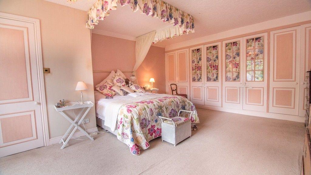 10 bed house for sale in Llanfair Dyffryn Clwyd, Ruthin, Denbighshire 10