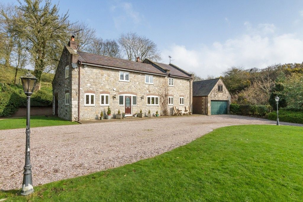 5 bed  for sale in Rhuallt, St. Asaph  - Property Image 12