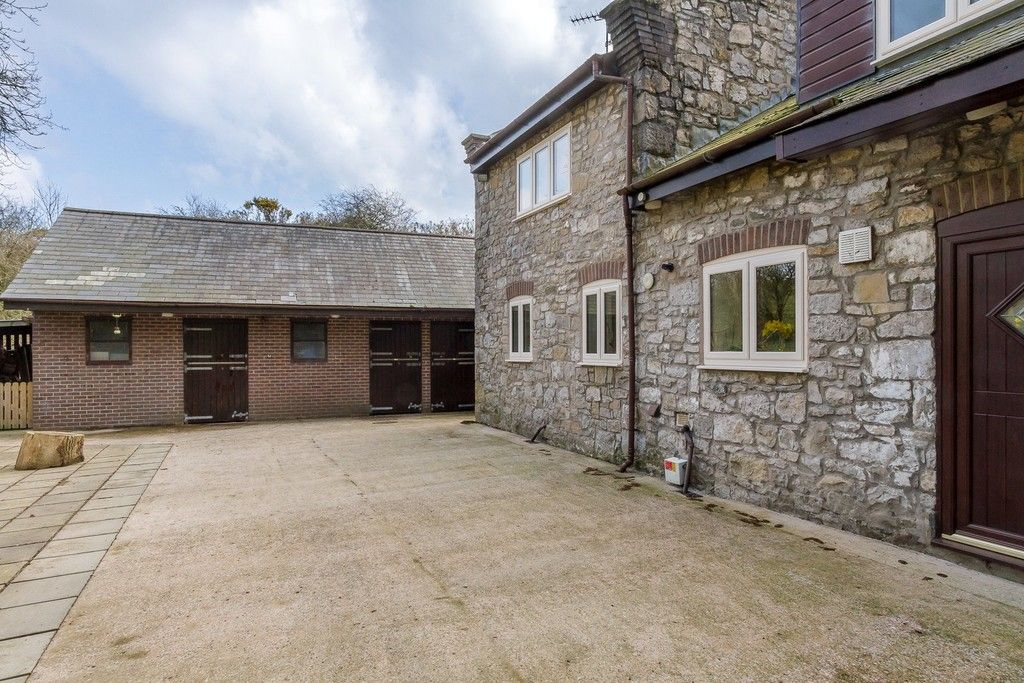 5 bed  for sale in Rhuallt, St. Asaph  - Property Image 16