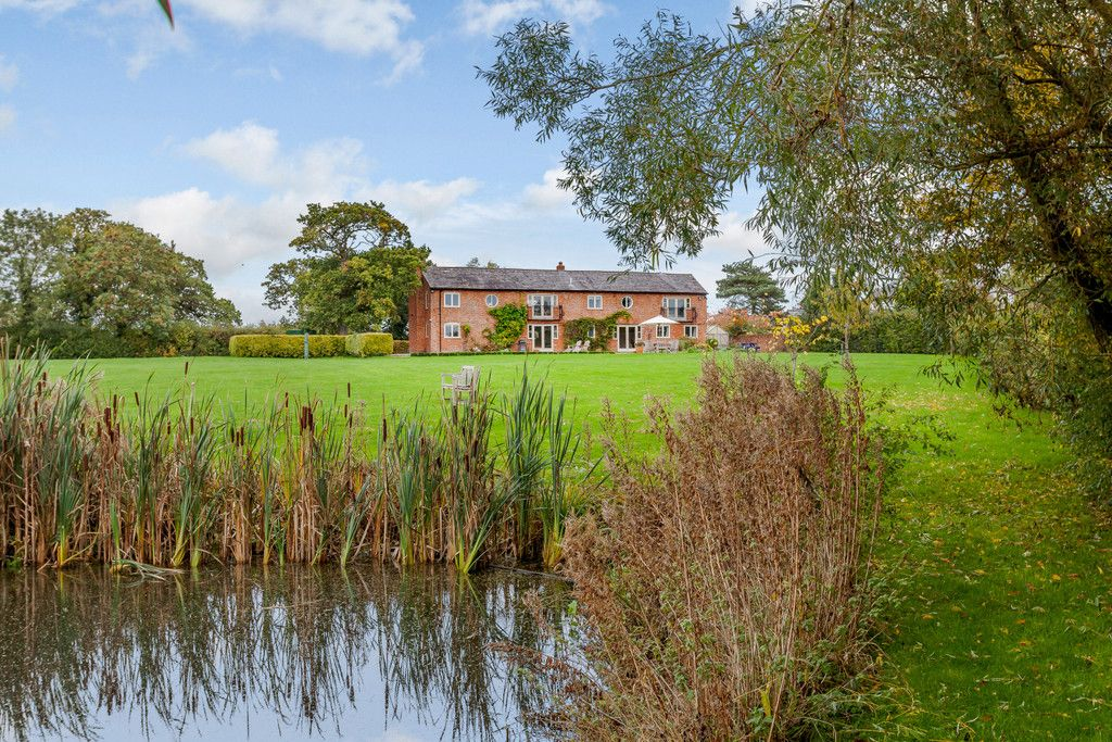 5 bed house for sale in Chorley Green Lane, Chorley, Nantwich  - Property Image 3