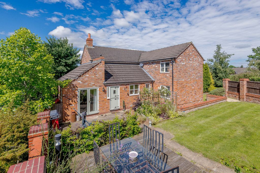 4 bed  for sale in Tallarn Green, Malpas  - Property Image 2