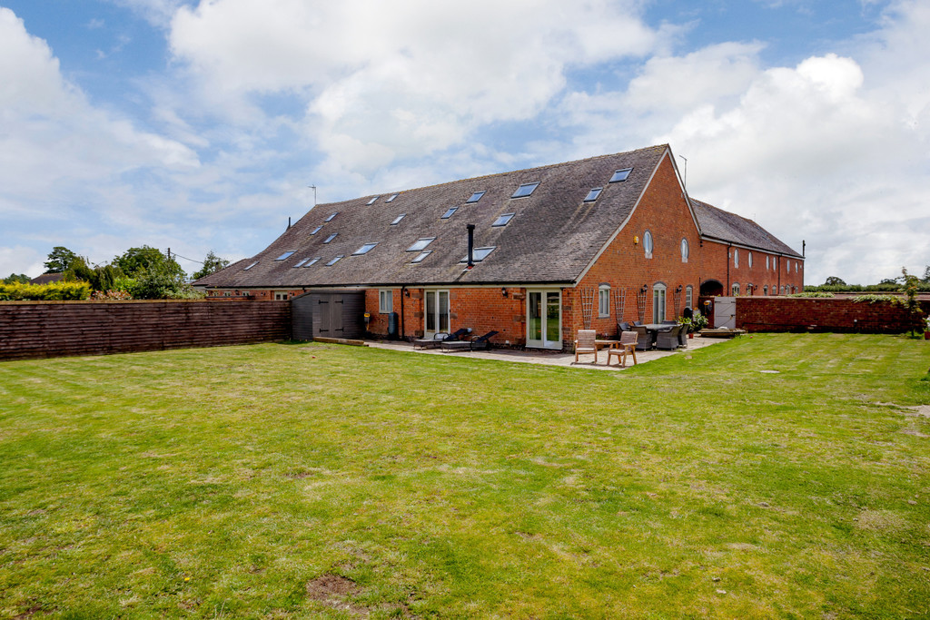 5 bed house for sale in Woodhey Lane, Faddiley 1