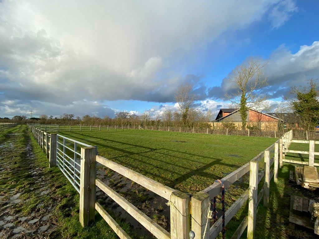 to rent in Coppenhall Stables, 119 A Warmingham Road  - Property Image 3