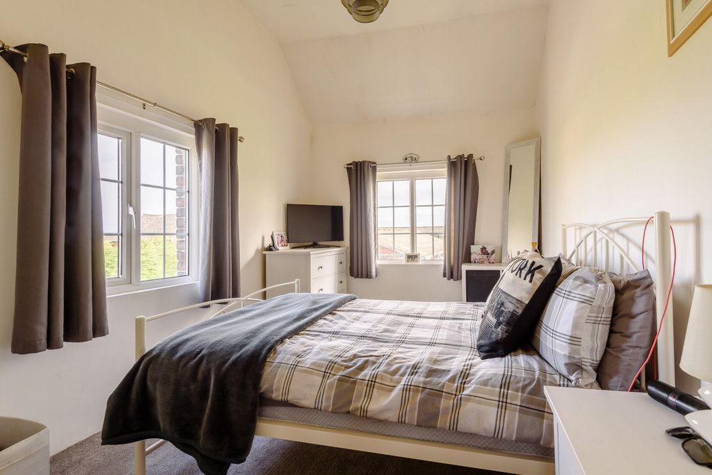 4 bed house for sale in Holme Farm, Mickle Trafford   - Property Image 10