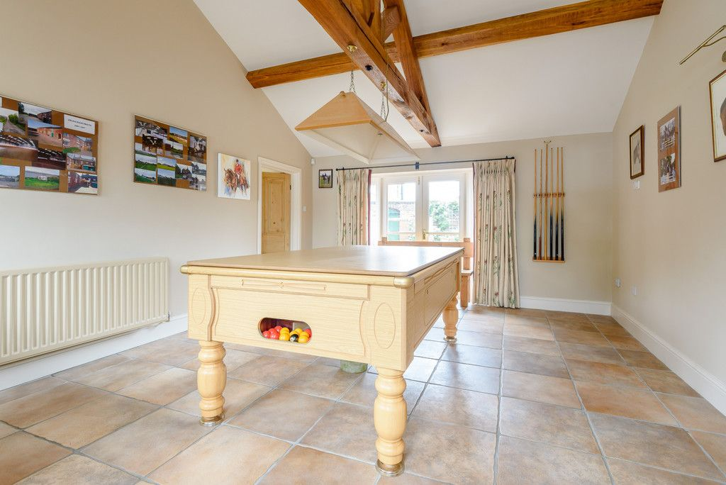 7 bed house for sale in Cogshall Lane, Northwich  - Property Image 18