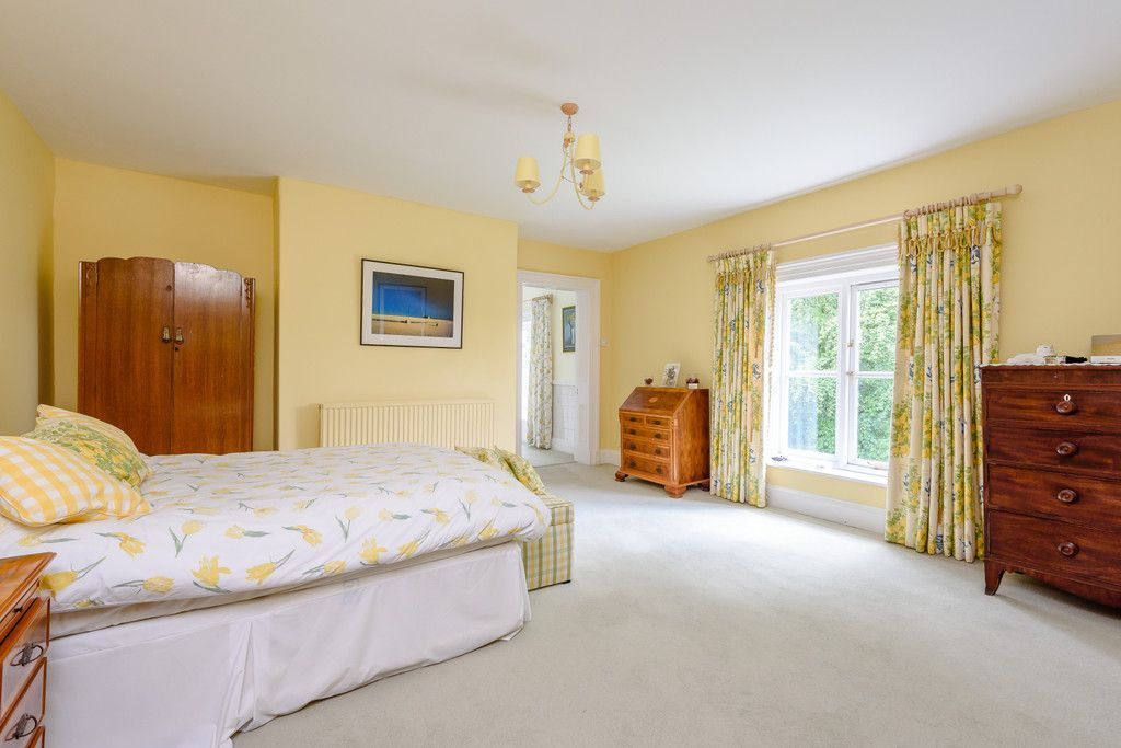 7 bed house for sale in Cogshall Lane, Northwich  - Property Image 23