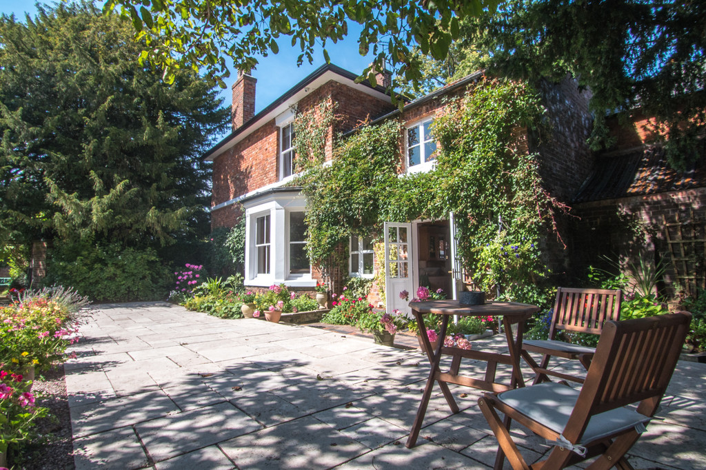 5 bed  for sale in The Firs, Tattenhall, Cheshire, CH3  1