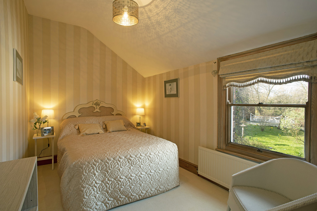 5 bed  for sale in The Firs, Tattenhall, Cheshire, CH3  17