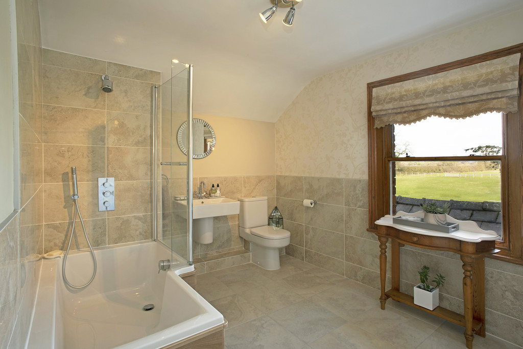 5 bed  for sale in The Firs, Tattenhall, Cheshire, CH3  18