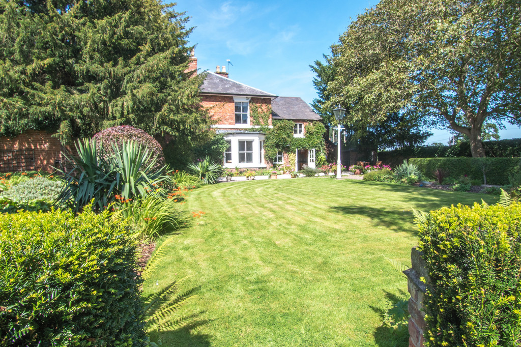 5 bed  for sale in The Firs, Tattenhall, Cheshire, CH3  19