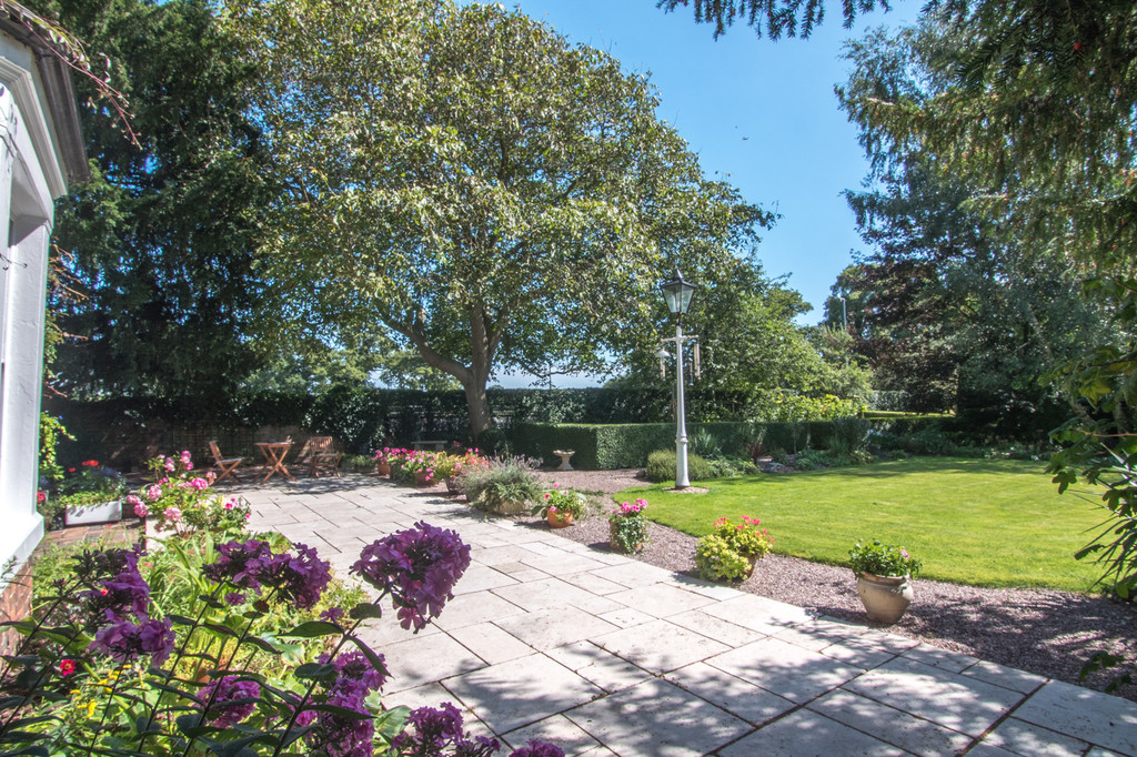 5 bed  for sale in The Firs, Tattenhall, Cheshire, CH3  20