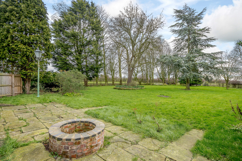 4 bed house for sale in Nantwich, Cheshire  - Property Image 19