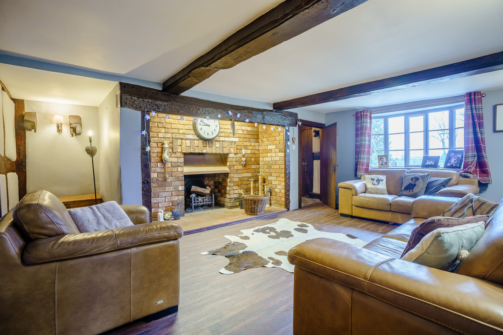 4 bed house for sale in Nantwich, Cheshire  - Property Image 7