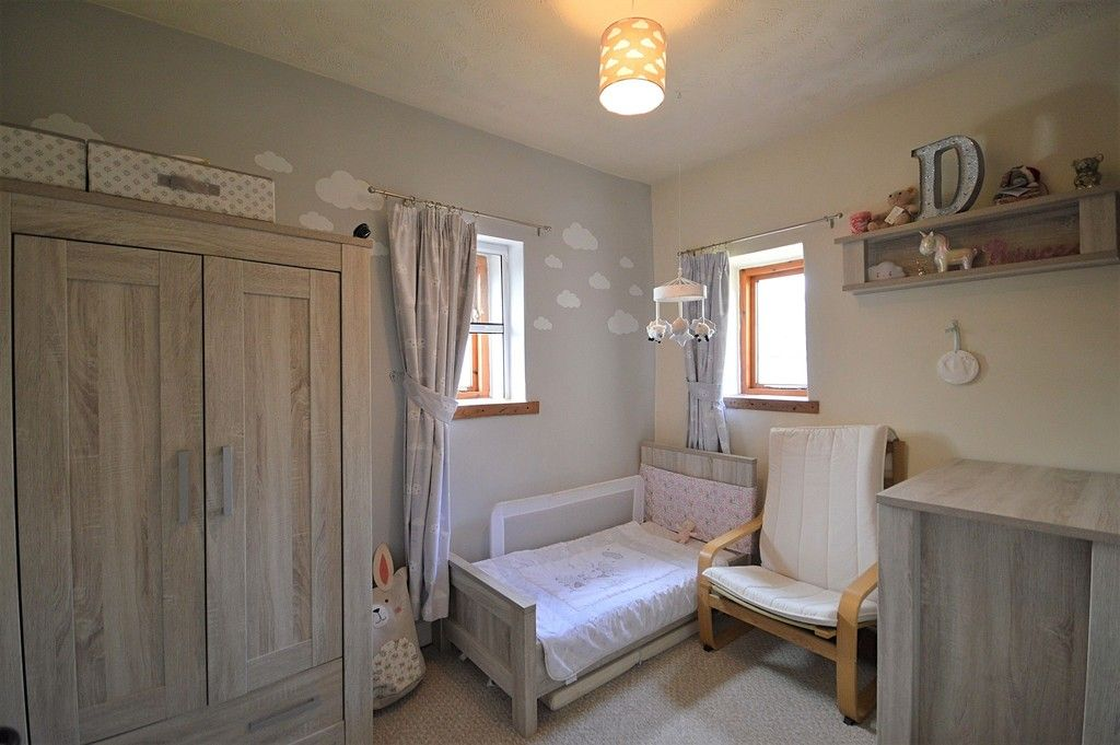 3 bed house for sale in Higher Chisworth, Glossop 10