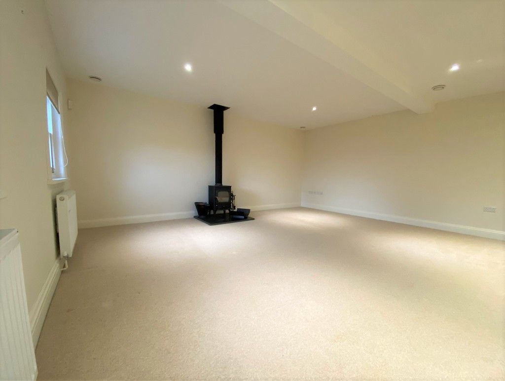 2 bed house to rent in 3 Manor Farm Cottage, Malpas 4
