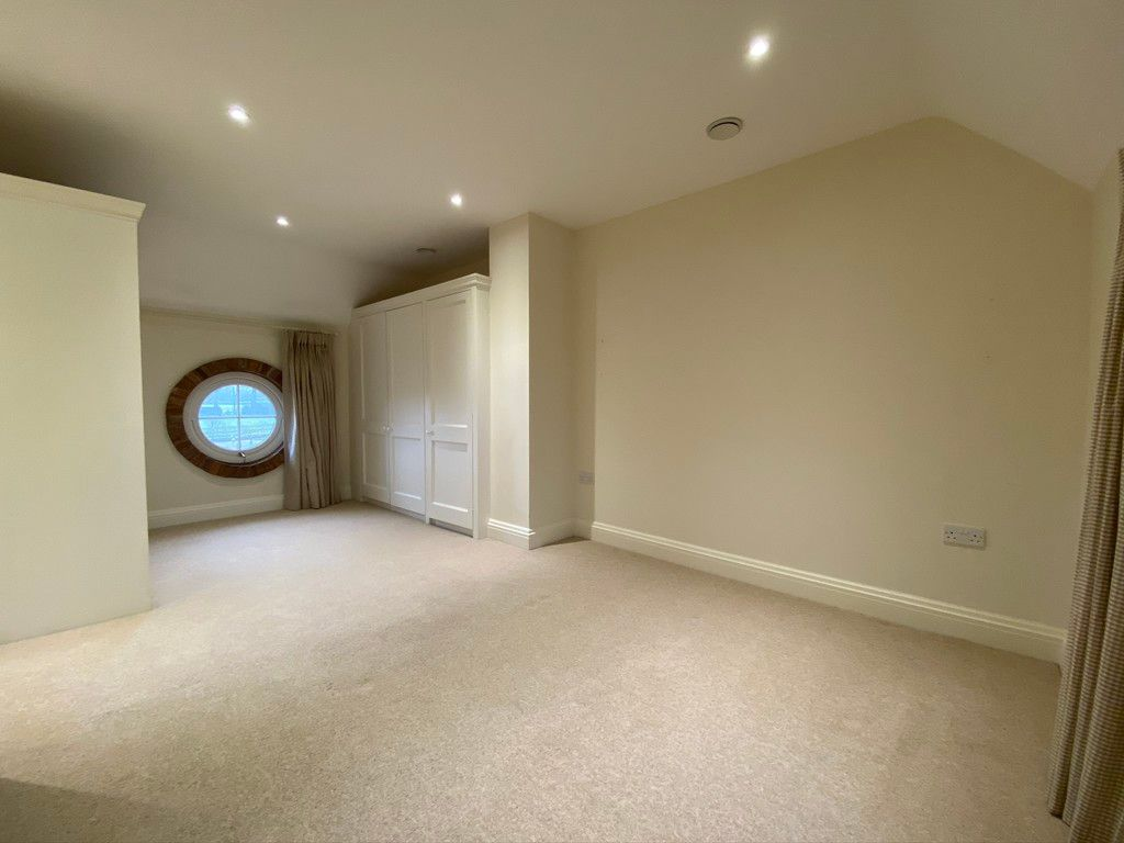 2 bed house to rent in 3 Manor Farm Cottage, Malpas  - Property Image 6