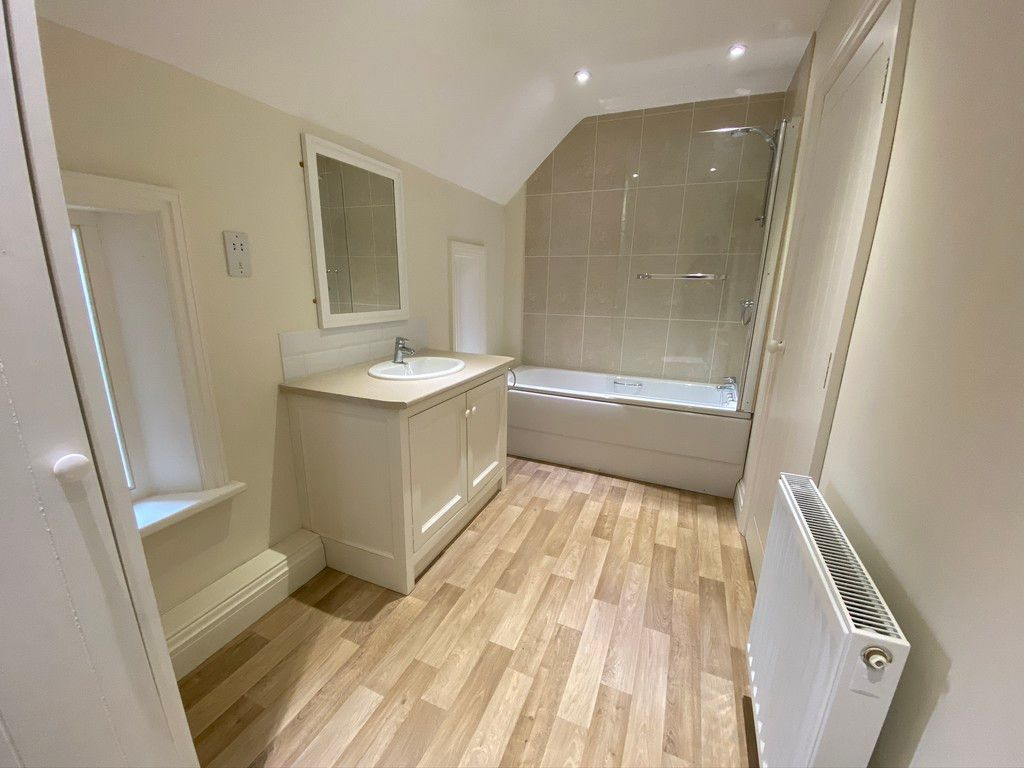 2 bed house to rent in 3 Manor Farm Cottage, Malpas 7