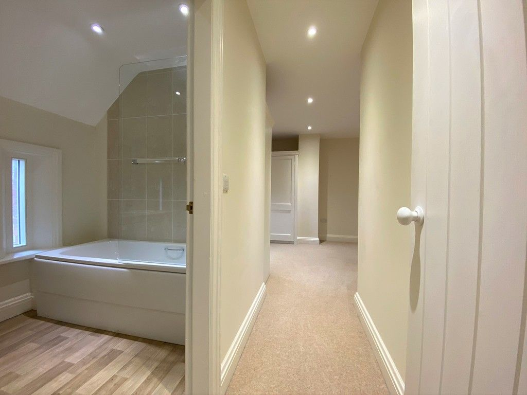 2 bed house to rent in 3 Manor Farm Cottage, Malpas  - Property Image 8