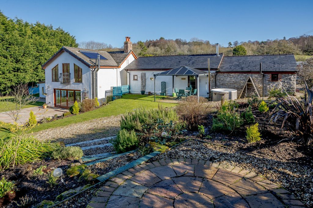 6 bed  for sale in Glan Llyn Farmhouse, Pant Du Road, Mold, CH7 , CH7