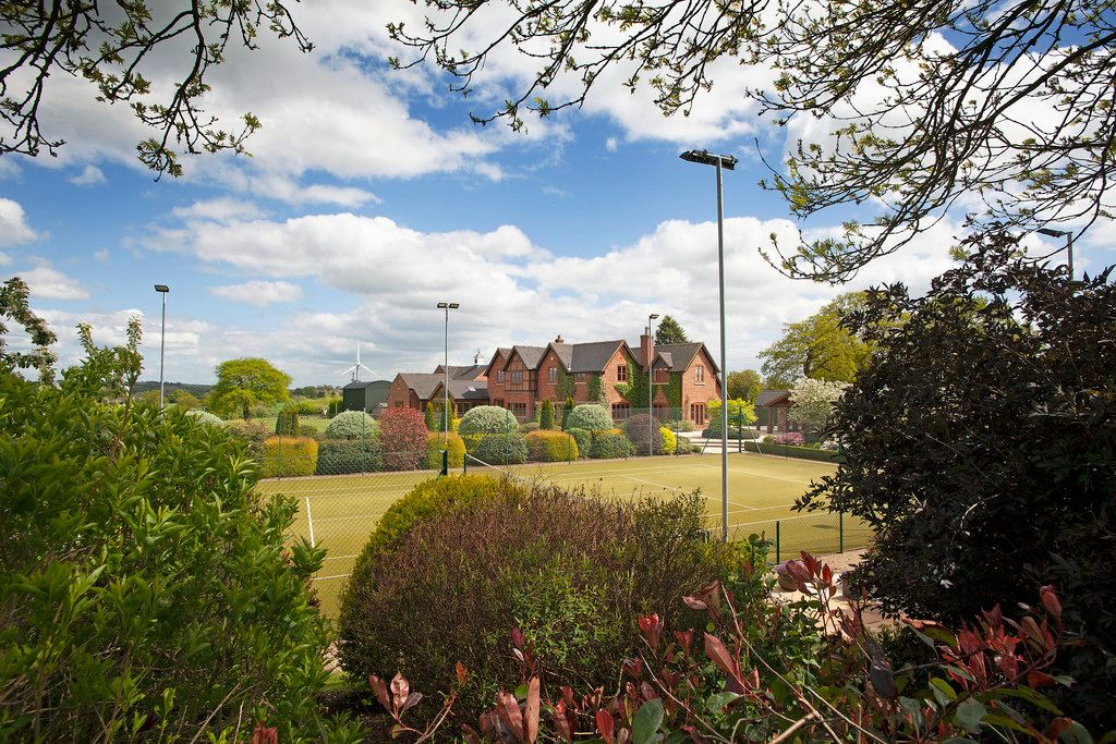 5 bed house for sale  - Property Image 45