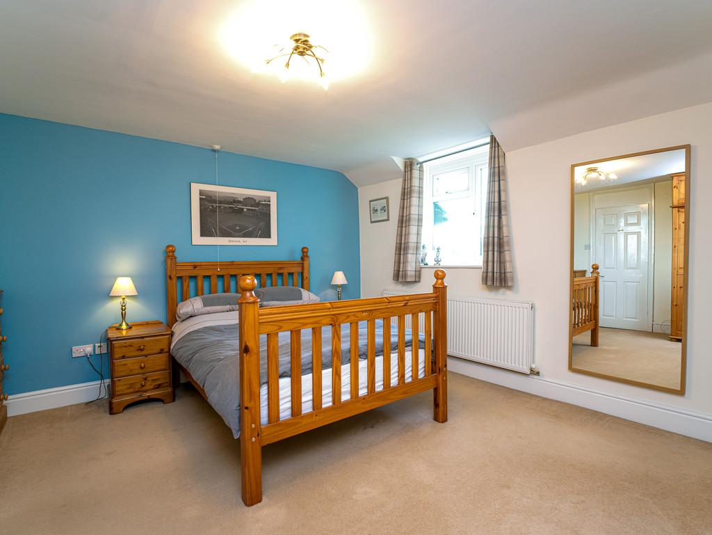5 bed house for sale in Craigllwyn, Oswestry 10