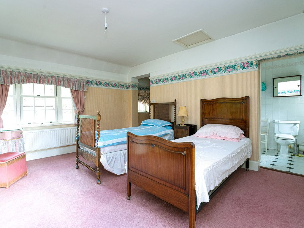 3 bed house for sale in Raby Vale Farm Cottage, Thornton Hough, Wirral, CH63   - Property Image 11