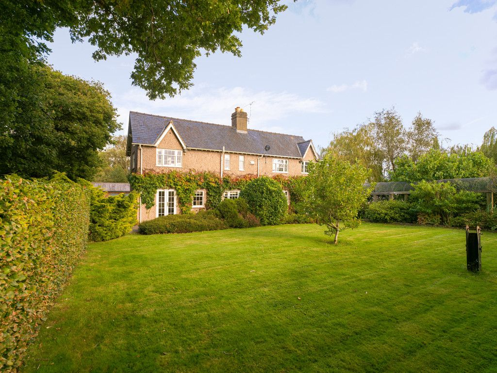 3 bed house for sale in Raby Vale Farm Cottage, Thornton Hough, Wirral, CH63  26