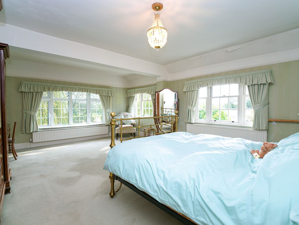 3 bed house for sale in Raby Vale Farm Cottage, Thornton Hough, Wirral, CH63   - Property Image 10