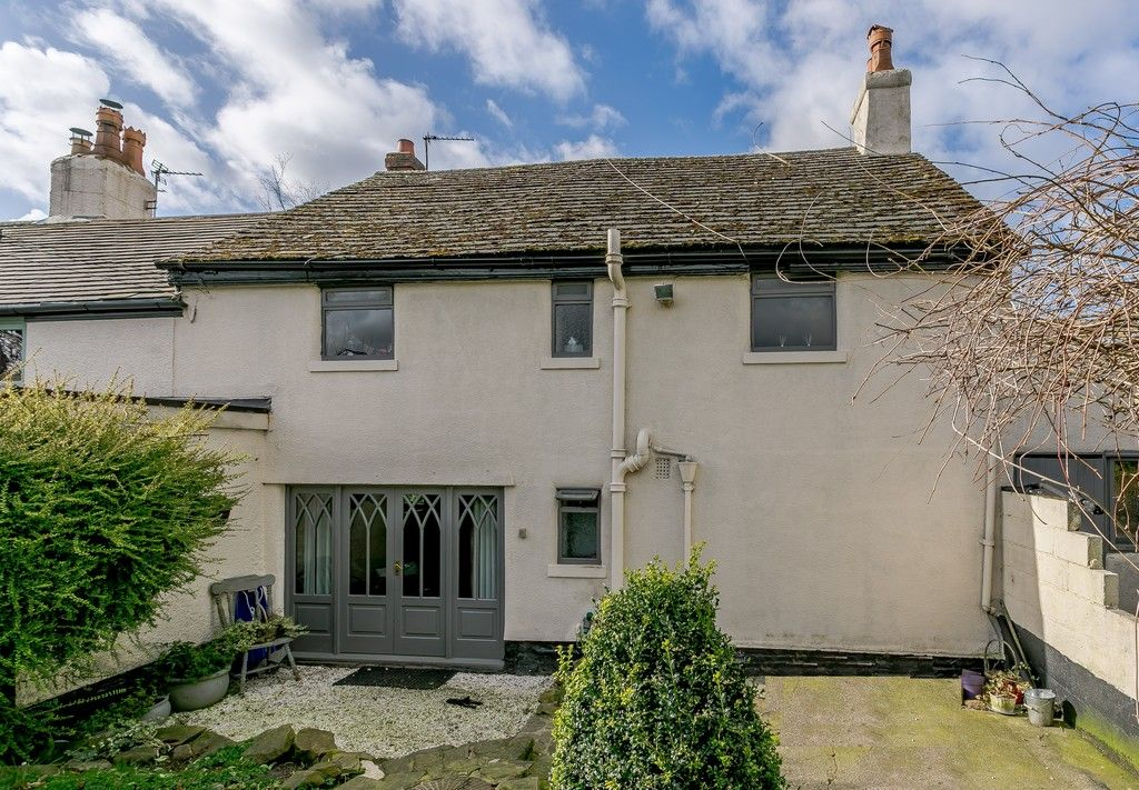 4 bed  for sale  - Property Image 2