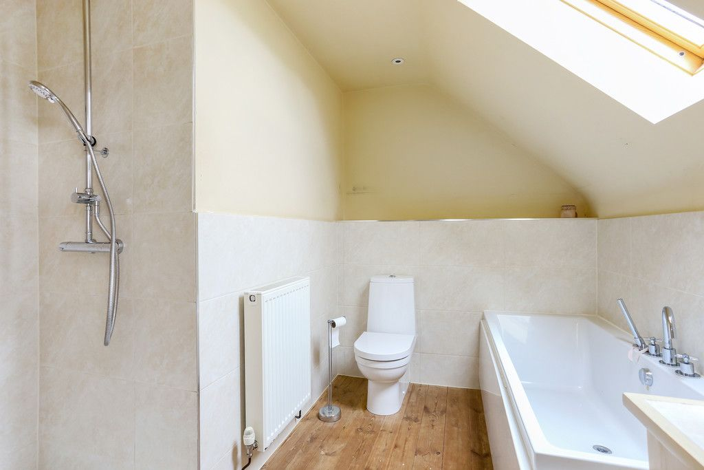 4 bed house for sale in Breaden Heath, Shropshire  - Property Image 11