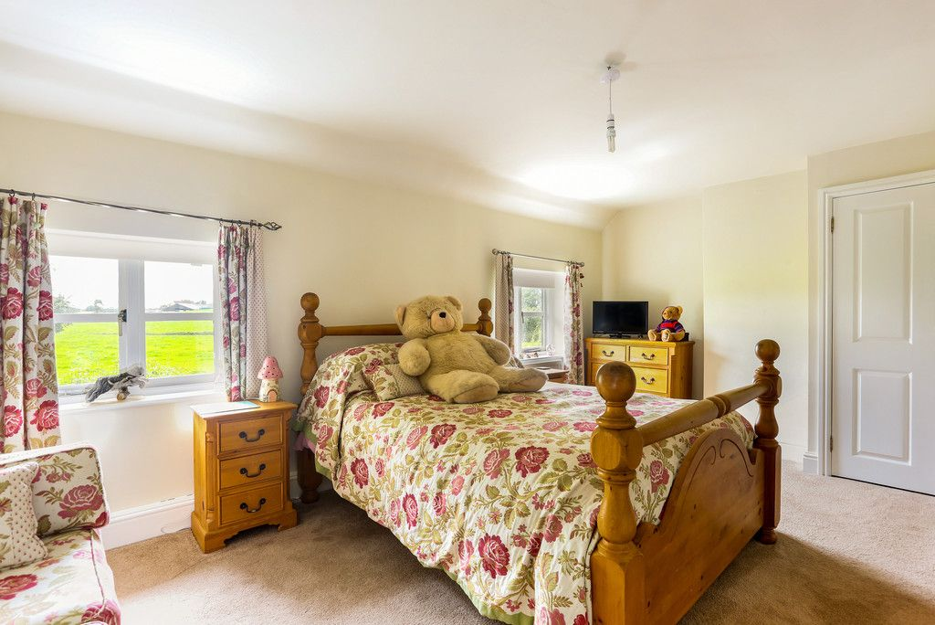 4 bed house for sale in Breaden Heath, Shropshire  - Property Image 12