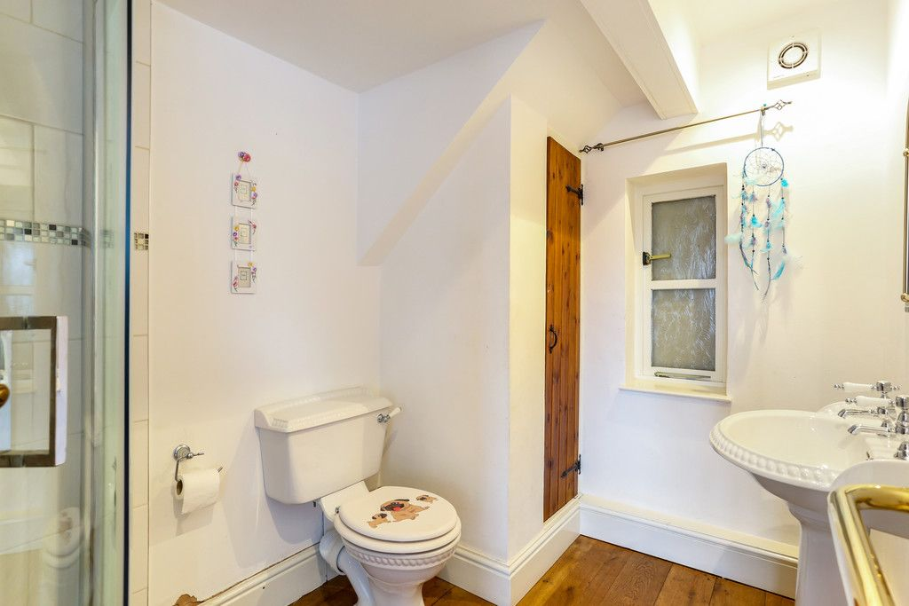 4 bed house for sale in Breaden Heath, Shropshire  - Property Image 13