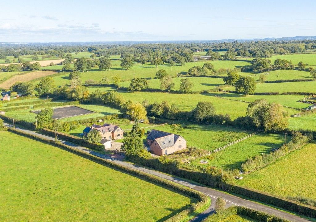 4 bed house for sale in Breaden Heath, Shropshire  - Property Image 14