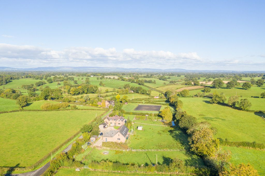 4 bed house for sale in Breaden Heath, Shropshire  - Property Image 17