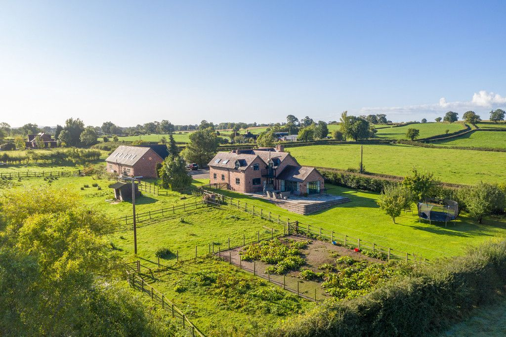 4 bed house for sale in Breaden Heath, Shropshire  - Property Image 18
