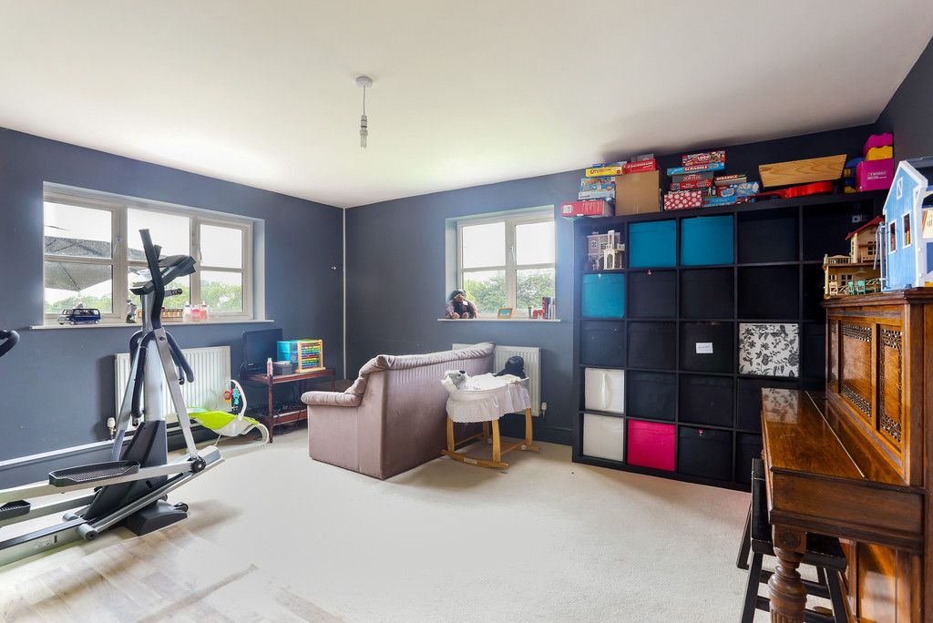 4 bed house for sale in Breaden Heath, Shropshire  - Property Image 8