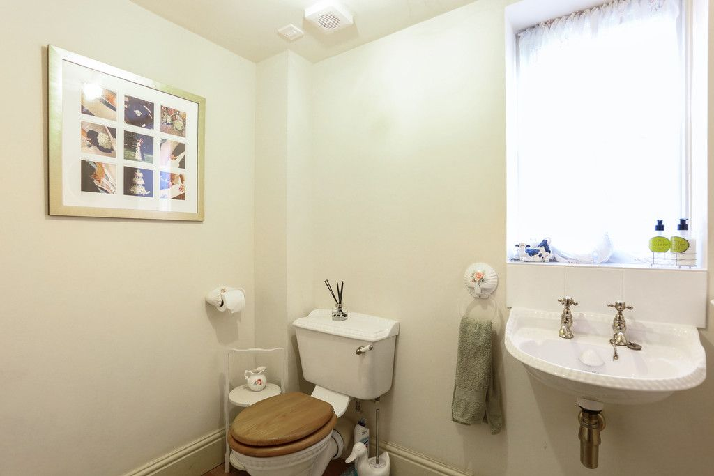 4 bed house for sale in Breaden Heath, Shropshire  - Property Image 9
