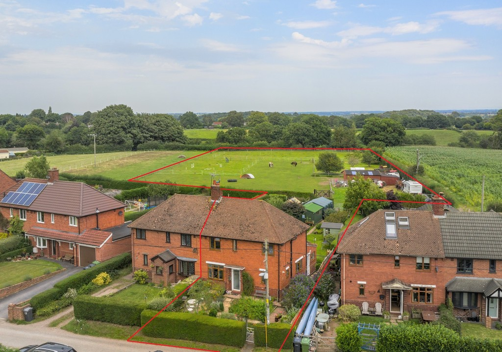 3 bed  for sale in Whitegate, Cheshire  - Property Image 1
