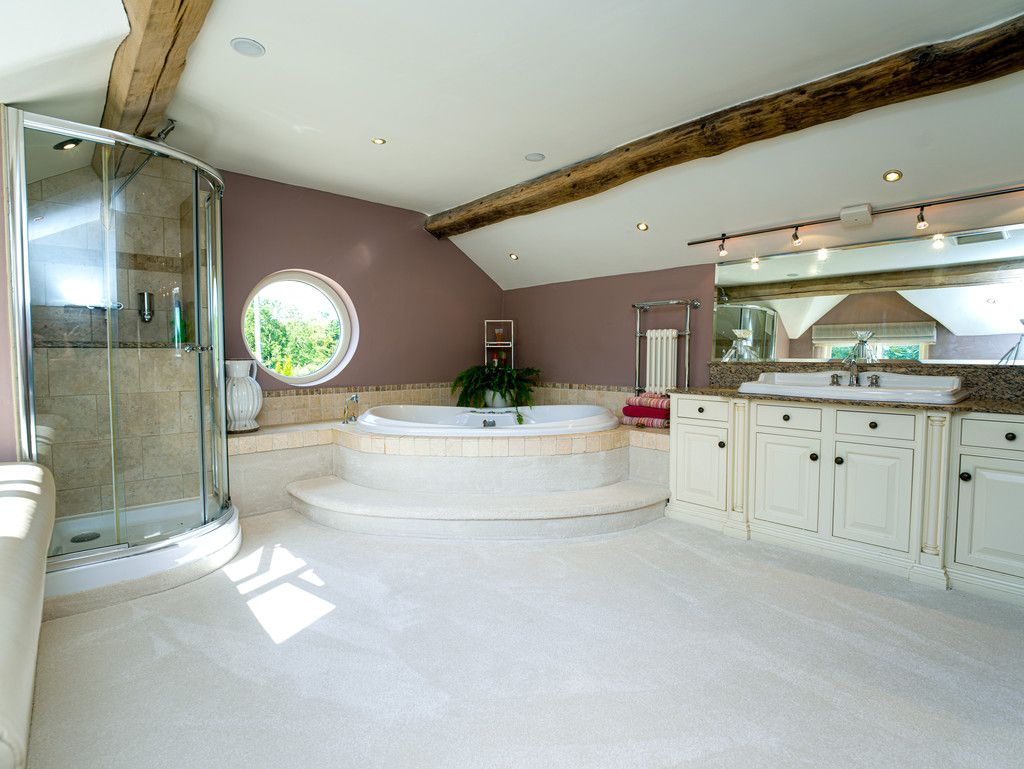 5 bed  for sale in Bangor-on-dee, Wrexham  - Property Image 13